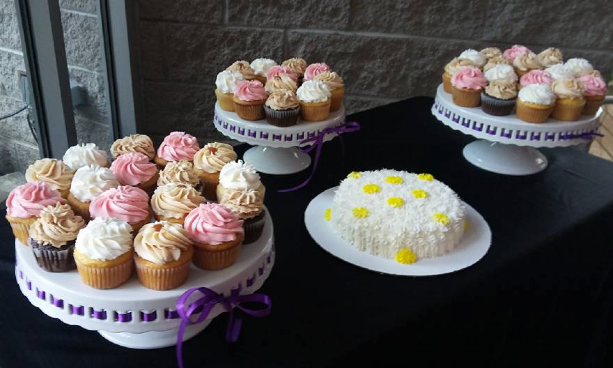 Chrissy B's Cakes & Catering
